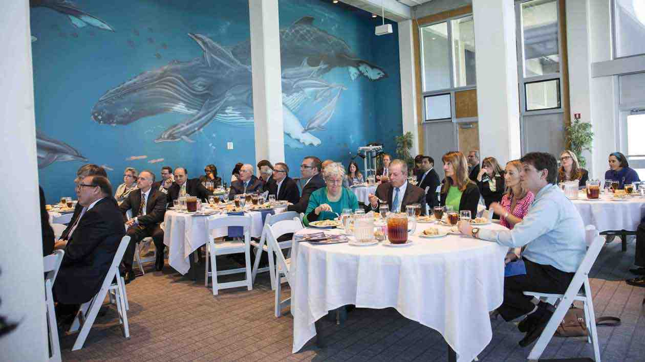 https://www.virginiaaquarium.com/assets/Images/PlanVisit/Plan-an-Event/Corporate-Event_Board-Members-at-Luncheon-copy.jpg